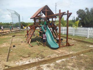0 playground 1